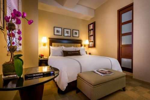 Rooms ending in -005 are Deluxe Rooms with One King Bed
